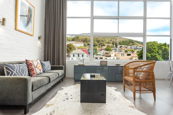 Contemporary Cape Town Loft Apartment