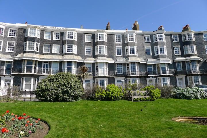 Spacious seafront apartment