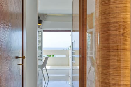 LUXURY GORDON BEACH 2BD - SEA VIEW - Tel Aviv-Yafo
