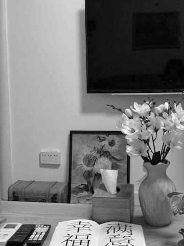 【艺术家】市中心北国勒泰精装两居/火车站直达/宜家家居/适合家庭出行朋友结伴商旅出差