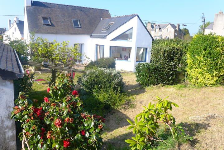 Maison et jardin 1 klm de la plage - Trévou-Tréguignec