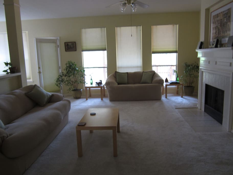Living Room view from entrance