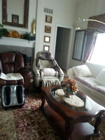 Huge Living Room w/ Message Chair