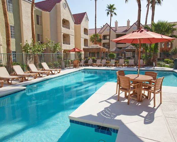 Las Vegas 1br near strip area & MGM