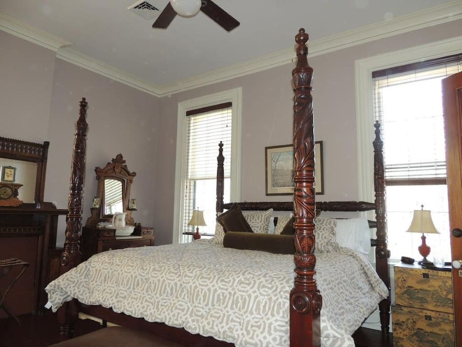 Ralph Lauren Four Poster King Size Bed