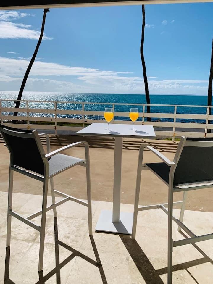 Luxurious Ocean Front Studio