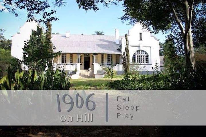 1906 on Hill Homestead