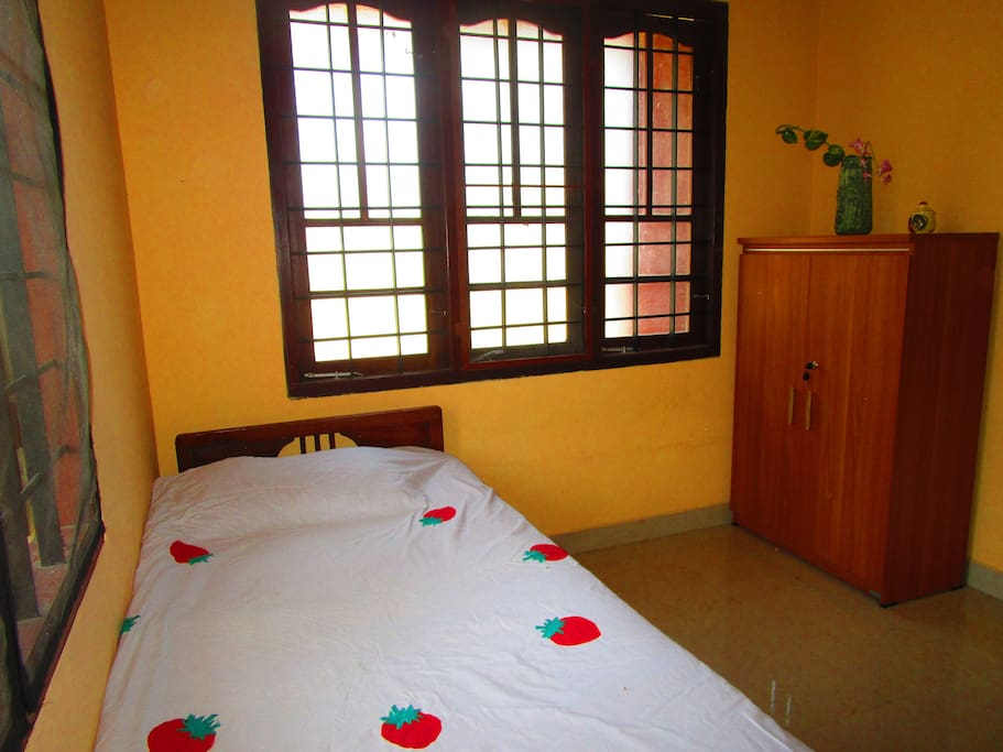 Travelling monk cabanes louer cochin kerala inde for Chambre kochi