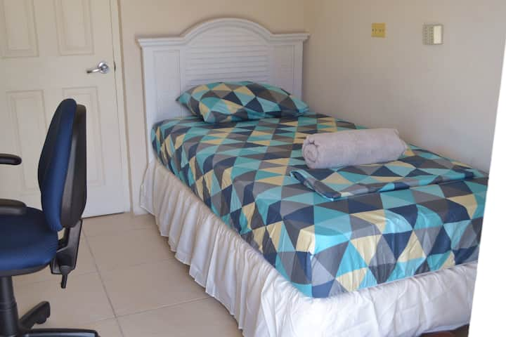 Perfect Room @ Pedro's Place (Business or Leisure)
