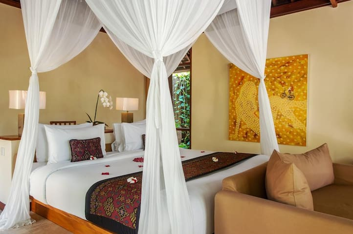 Classic One Bedroom Pool Valley Villa Ubud - Abiansemal - Casa de camp