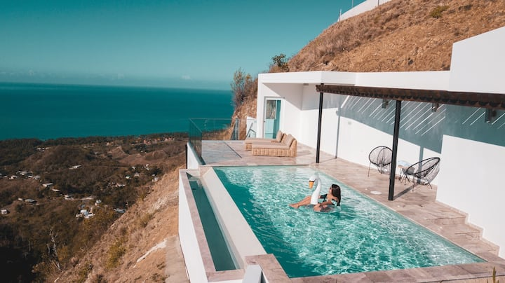 Ocaso Luxury Villa: Ocean View & Infinity Pool