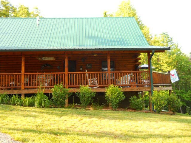 Mountain log cabin - Elizabethton - Cabana