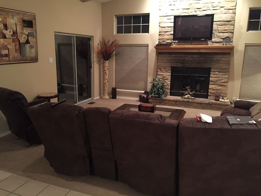 cree meadows houses for rent in ruidoso. Black Bedroom Furniture Sets. Home Design Ideas