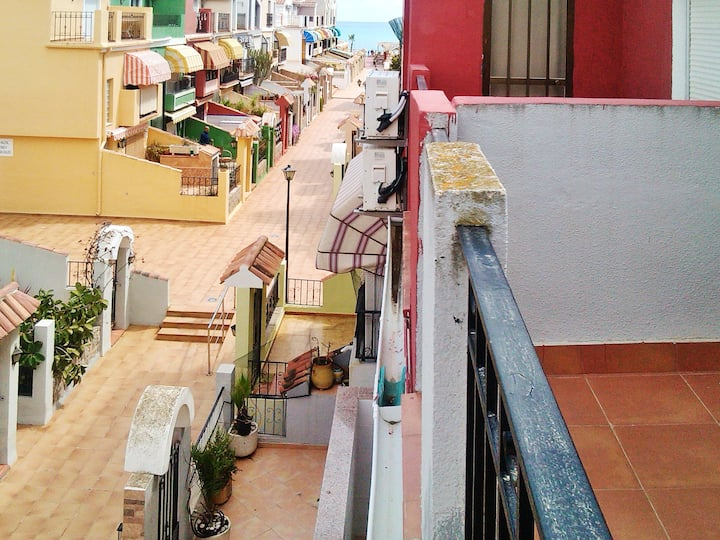 House with 3 bedrooms in Orpesa, with wonderful sea view and enclosed garden - 200 m from the beach