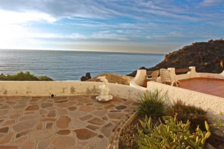 Villa 106............ Ocean Front in Plaza del Mar