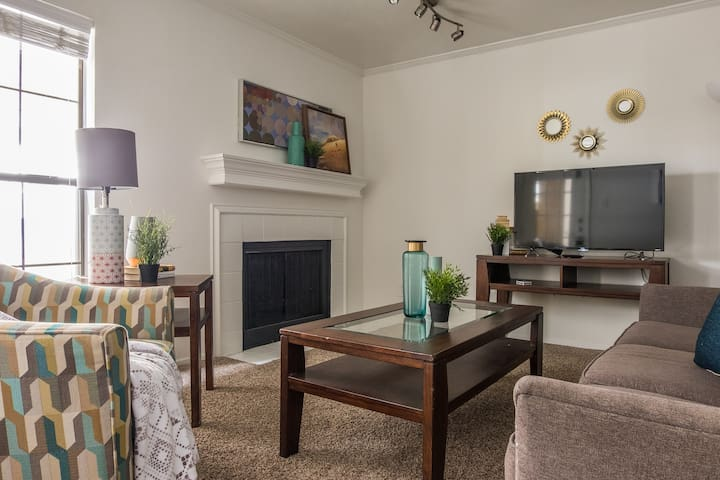 Central Location ★ Gated Parking | Near Uptown 1BR