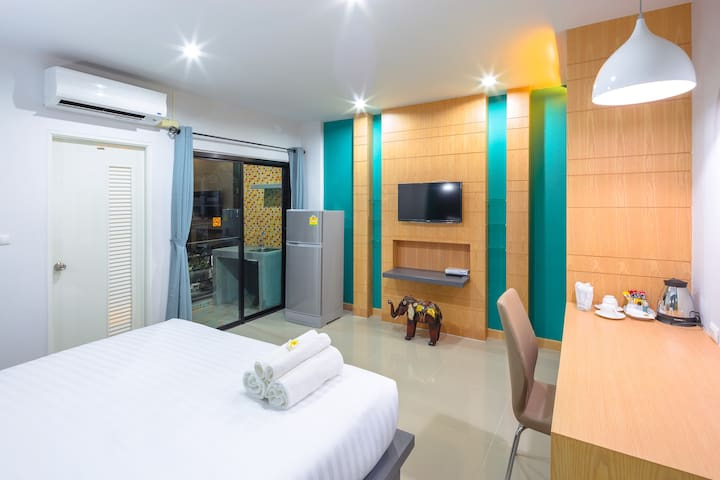 Private modern room near Chalong circle