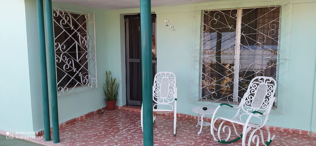 Casa Leo-Varadero area -Apt w 2 beds/beach/private