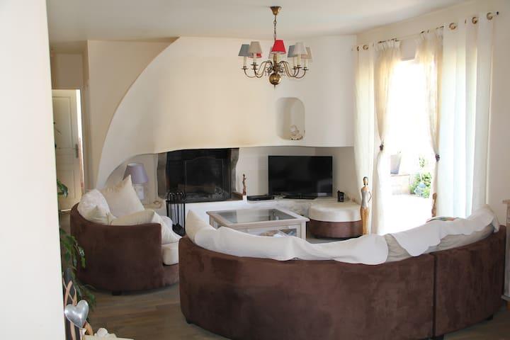Jolie maison proche de la mer - travo, ventiseri - Casa