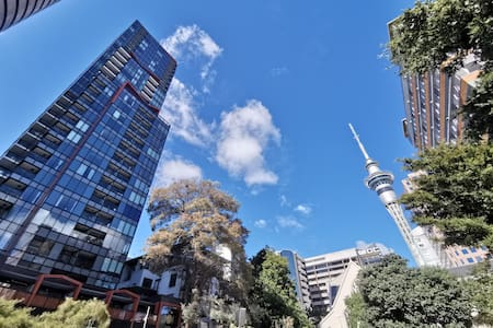Amazing Seaview and Tower view Studio in AKL CBD