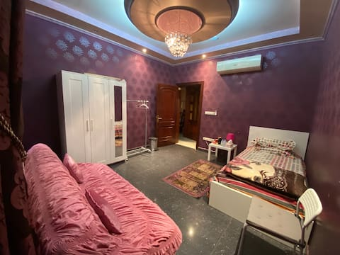 Private room ( female only ) اناث فقط