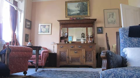 The Western end of Edwardia's large drawing room.