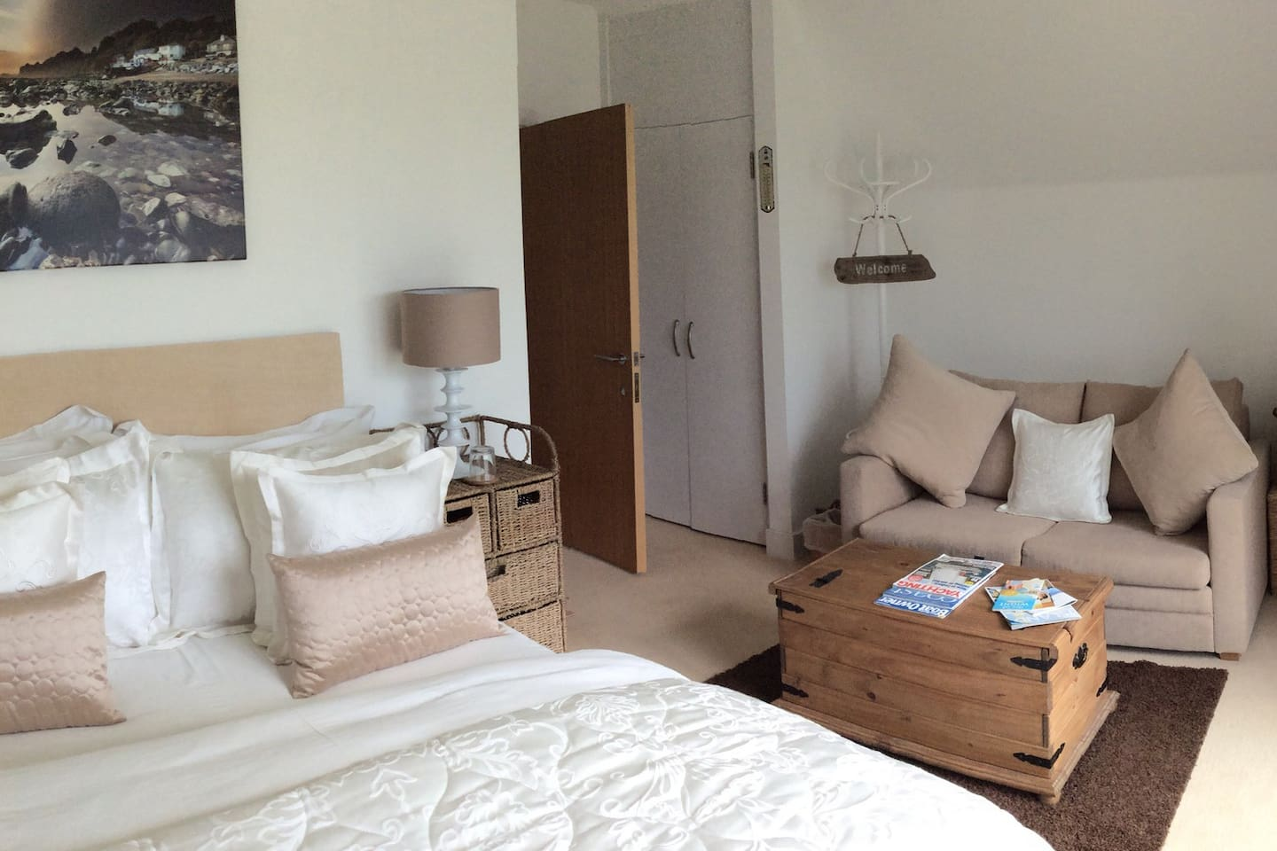 The Lighthouse room Marina view sleeps 4 ensuite, double bed with sofa bed