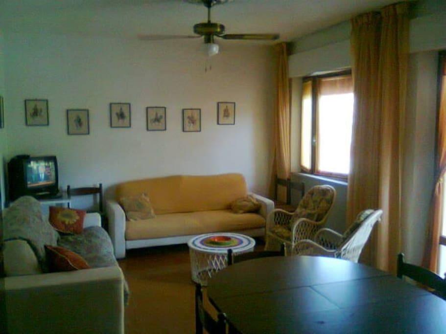 Follonica zona pratoranieri appartamenti in affitto a - Bagno cerboli follonica ...