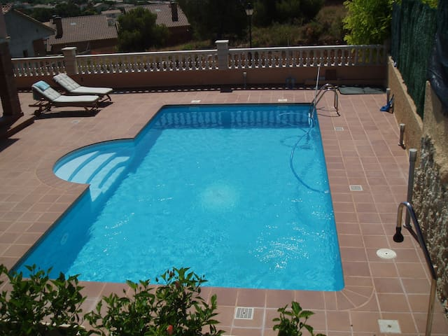 villa with private pool 2km beach - Roda de Berà