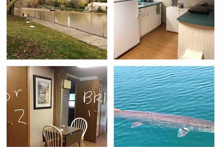 Creekside Cottage is a 2 br  upper apartment