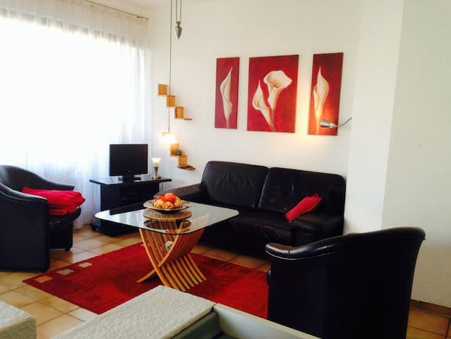 nice appartement with balcony/WLAN - Vellmar - Apartemen