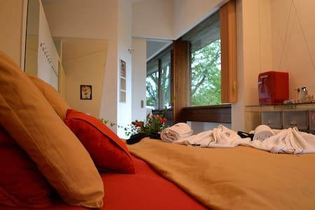Kamer, dubbel uitzicht en ontbijt - Ház