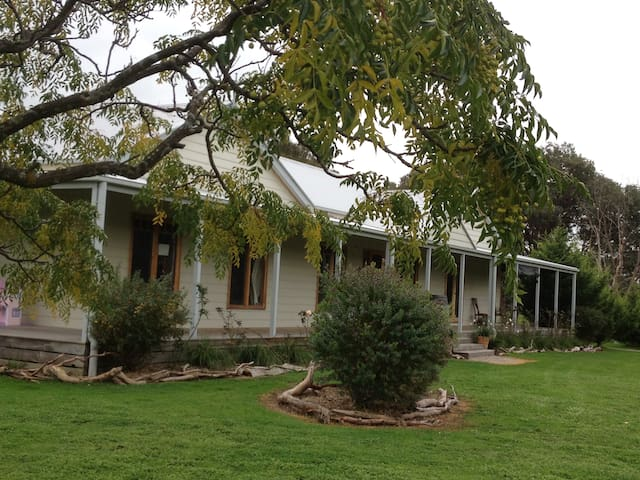 The High Country Homestead - Swanpool - Ev