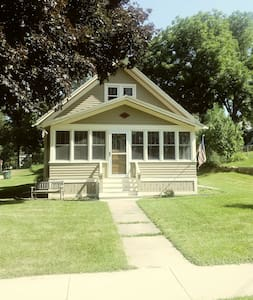 Scott Street Bungalow  Ripon - Green Lake