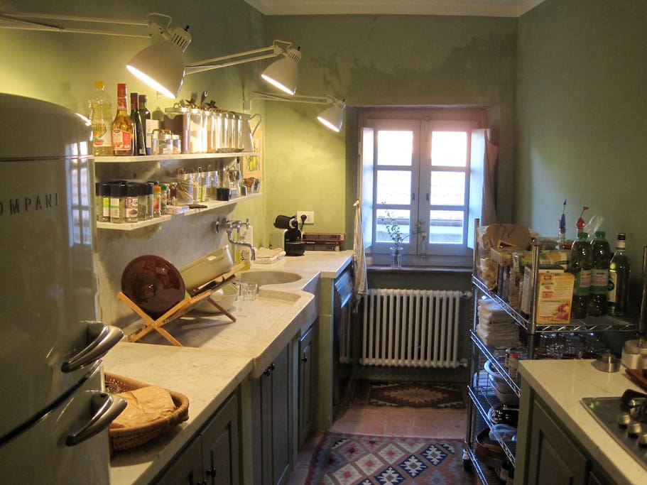 The main floor's Kitchen... one of the easiest to work in and with all the necessary appliances...