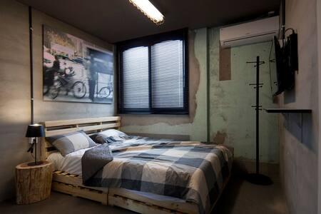 제주 더블룸 JEJU Double Room - Bed & Breakfast