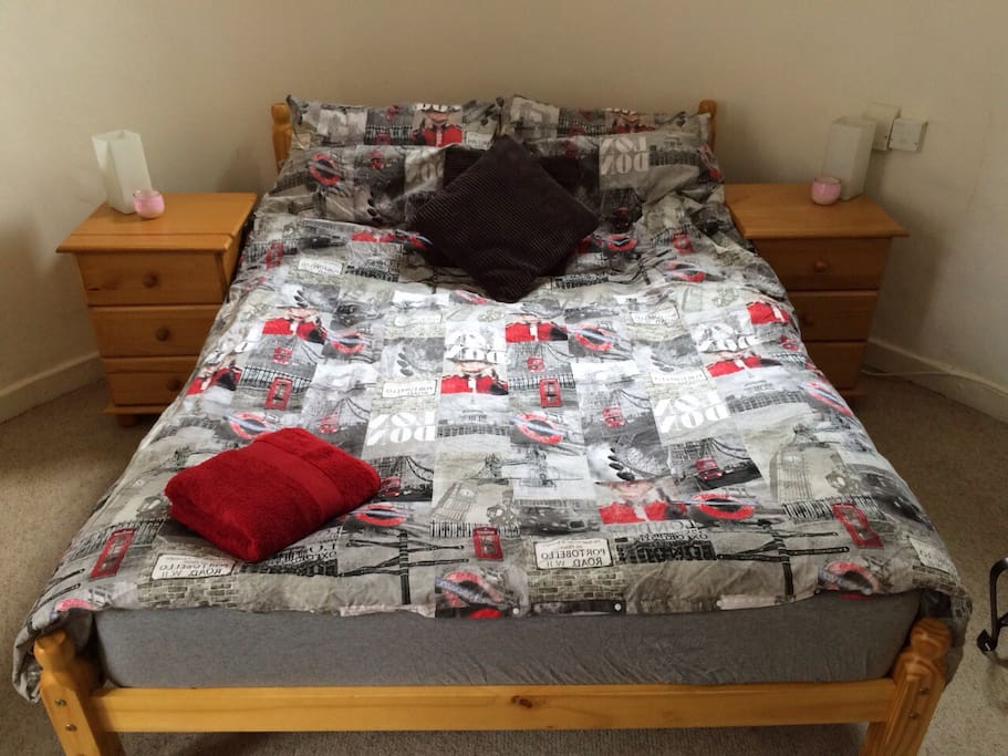 Double Bed in the sizable, curved & quirky, seep rate bedroom
