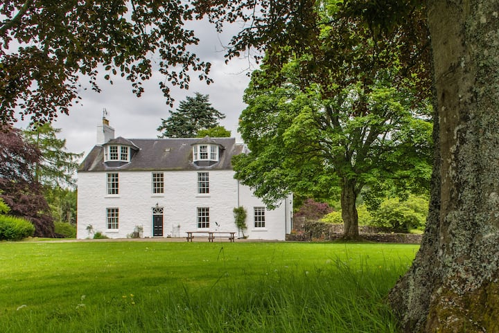 Cray House - Large Country Home in Perthshire