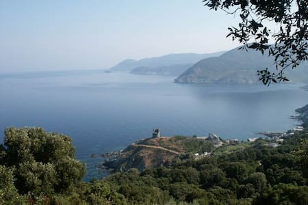Waterfront Authentic Corse house - Pino