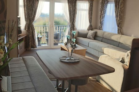 Luxury Farm Snowdonia Retreat Leisure Home - Llanllechid