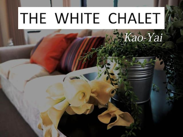 The White Chalet 5 Bedroom House - Tambon Mu Si - Dom