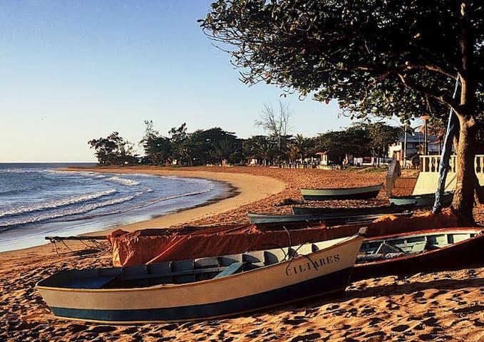 Apto mobilhado próximo a praia ( Cnd Vila Itacaré) - Serra - Lägenhet