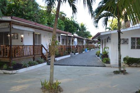 isla hayahay beach resort - Calape - Huvila