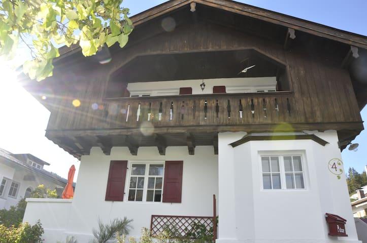 Die Zirbelnuss - Mittenwald - House
