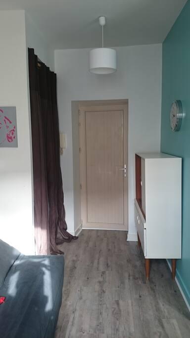 Studio 20m2 meuble centre la rochelle appartements louer la rochelle poitou charentes france - Studio meuble la rochelle ...