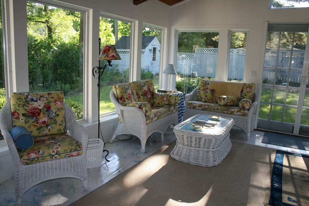 Another view of the sunroom