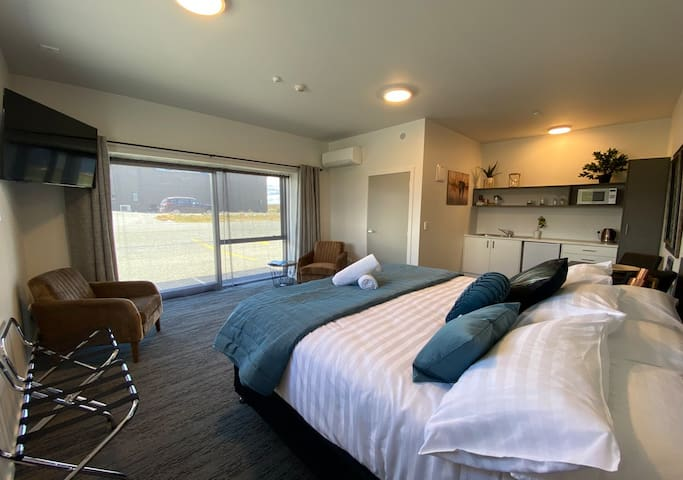 Pukaki Luxury Suites - Room 1 (ground floor)