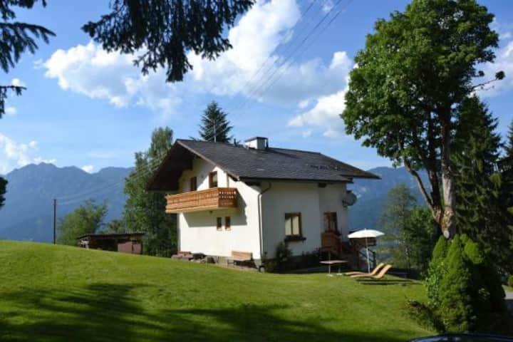 Haus Nani mit Panoramablick über das obere Ennstal