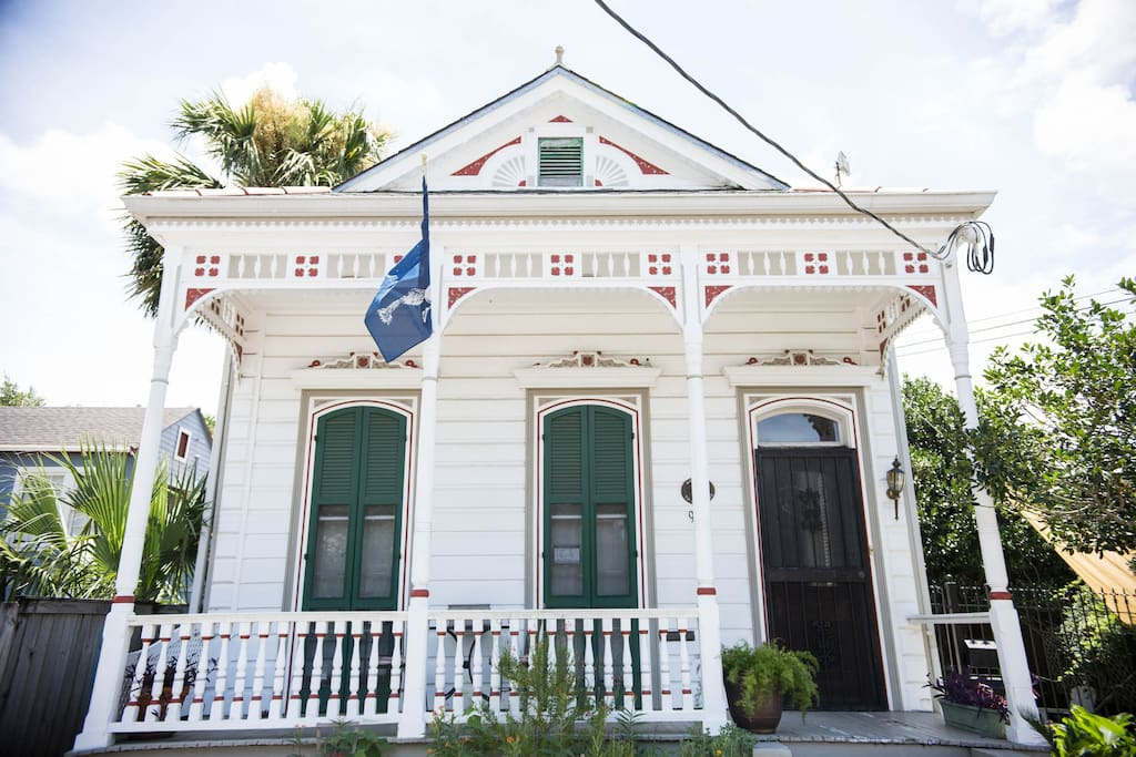 This Victorian house was built in the mid-1800s.