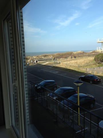 zonnig hoekappartemen vlak aan zee - Koksijde - Apartamento